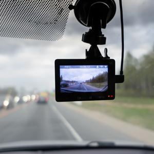 「ドライブレコーダー」が3位に再浮上、相次ぐあおり運転事故で関心続く<注目テーマ>