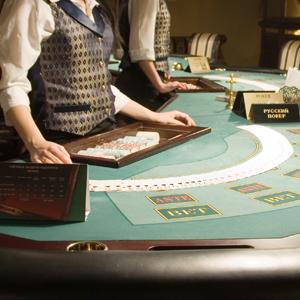 テックファームHDなどカジノ関連が高い、IR実施法案が参院で可決◇