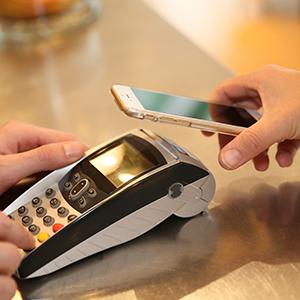 「電子決済代行サービス」関連がランクイン、消費増税対策としてキャッシュレス決済に脚光<注目テーマ>