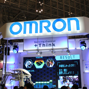 オムロンは3日ぶり反落、日経平均採用による急騰後の反動安に◇
