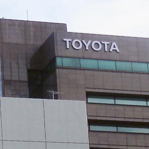 トヨタ、ホンダなど自動車株が安い、1ドル=107円台後半の円高を嫌気◇