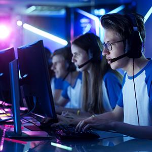 「eスポーツ」が8位にランクイン、高校生対抗大会や東京ゲームショウで関心へ<注目テーマ>