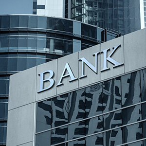 """「地方銀行」が14位に急上昇、SBI・島根銀行の資本提携で地銀再編""""新ステージ"""" <注目テーマ>"""