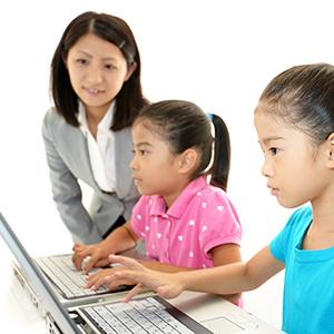 「教育ICT」が9位にランク、教科書をインターネットで公開する特例措置で注目<注目テーマ>